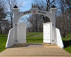 Fort Ward:  Fix the Ceremonial Gate!
